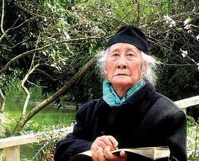 """""""百岁画仙""""晏济元为了写生,101岁登华山,102岁登泰山"""